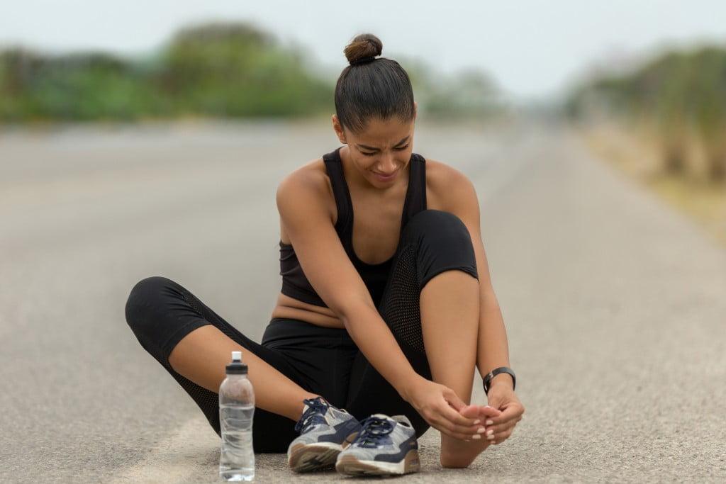 Da pés pernas e dor diabética alívio nas